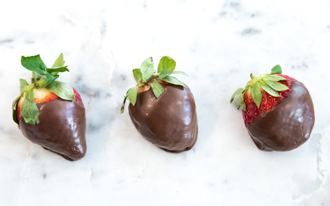 """Magic Shell"" Strawberries + other sweet (and spicy) ideas for Valentine's Day"