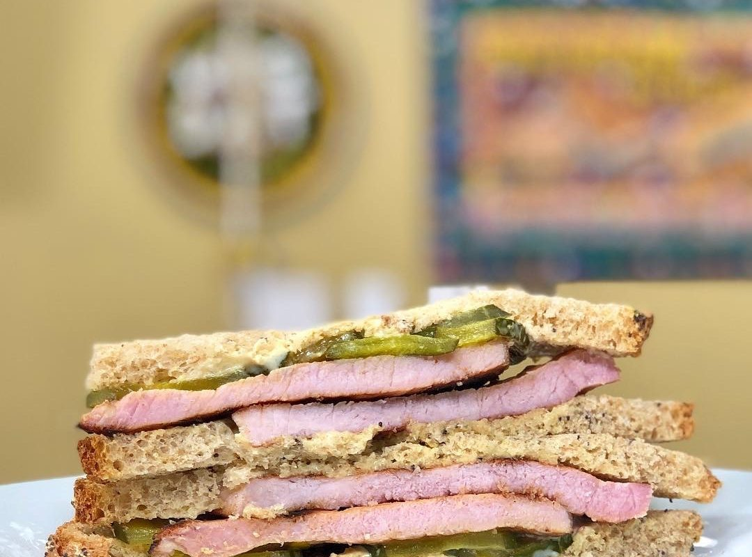 Get the Skinny: Hogs for the Cause | Eat Fit Grilled Pork Chop Sandwich